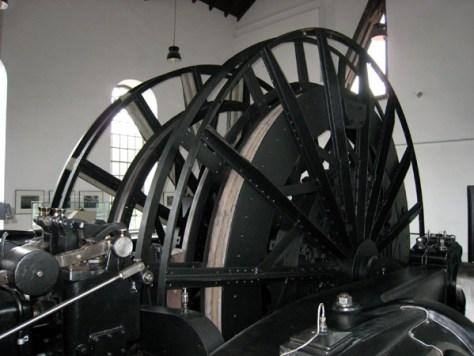 Besucher können die historische Dampffördermaschine in Bewegung erleben. Foto: LWL/Appelhans.