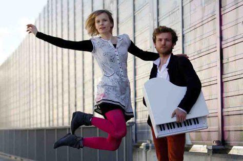"""Das Berliner Duo """"Schwarz un Schmitz"""" ist auf der Kabarett-Bühne in Hattingen zu Gast. Foto: Schwarz un Schmitz"""