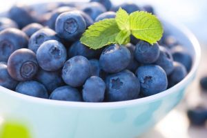 Blueberries-in-a-bowl