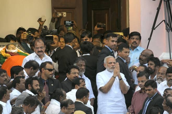 narendra-modi-after-paying-his-last-respects-to-jayalalithaa-at-rajaji-hall