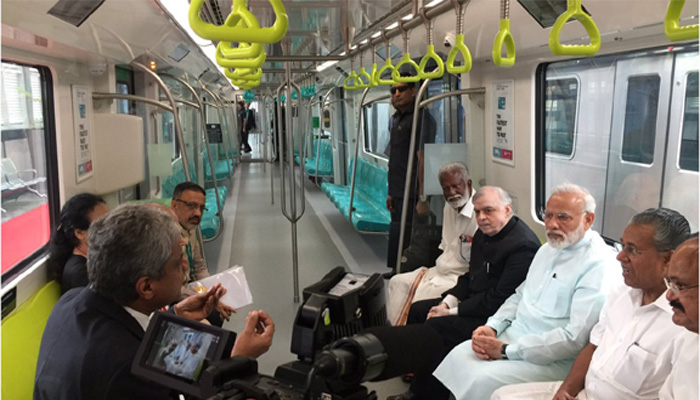603326-pm-narendra-modi-kochi-rail