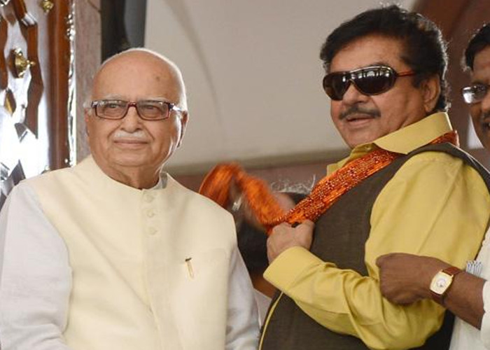 shatrughan-sinha-and-lk-advani-55dd40b80515a_l