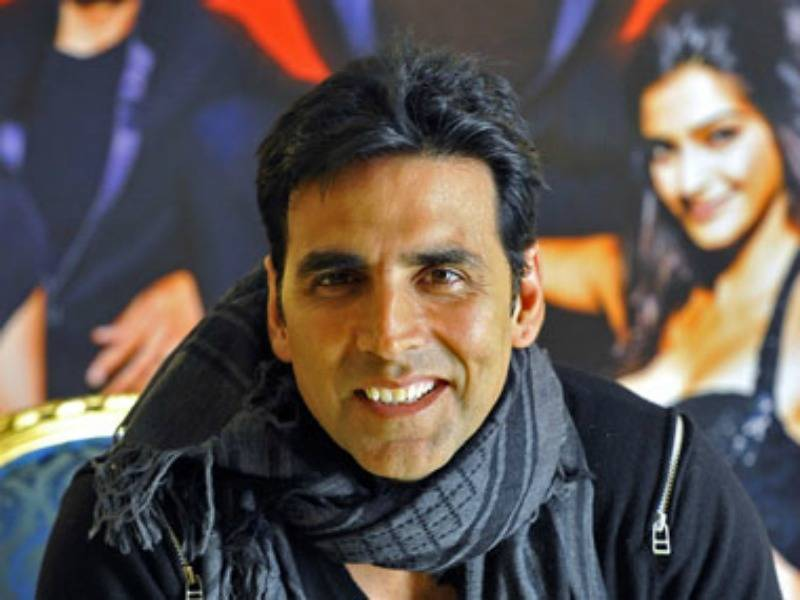 Akshay-Kumar-to-play-Pad-Man-A-movie-on-how-an-Indian-manmade-sanitary-napkins-for-village-women