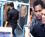 outside-salman-khan-jail-11