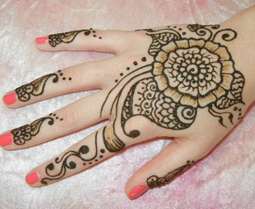 Hand Mehndi Download : Simple hand mehndi designs images new hd wallpapers