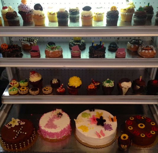 fancy food show cakes