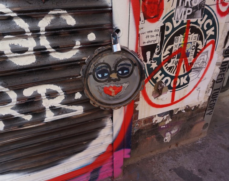 street-art-heavenly-body-works-commes-des-garc%cc%a7ons-store