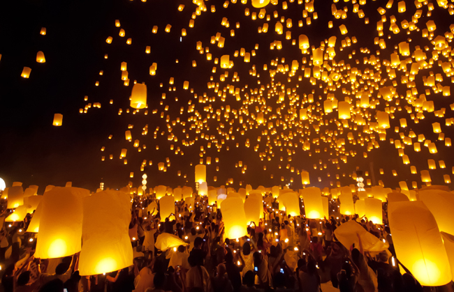 Festival Loy Krathong, Thailand via transindus.co.uk