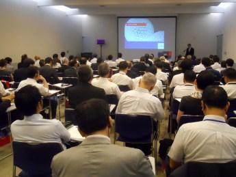 シューネマン実行委会長がdrupa2016no メガトレンドPrint 4.0を示した