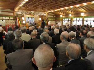 儀式殿で参拝