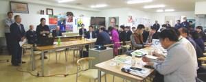 田口薫社長(左端)