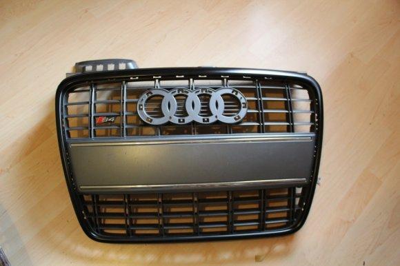 Black Audi A4 Grill