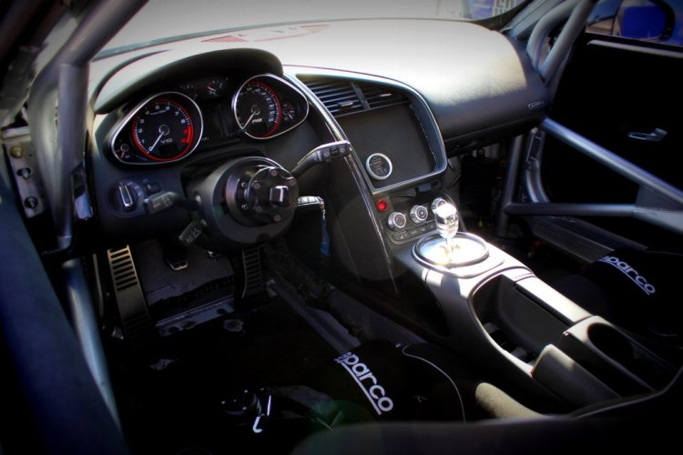 GMG Racing Audi R8 LMS Interior