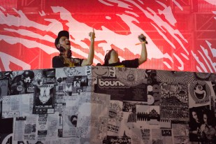 Doog Blood (Boys Noize & Skrillex)