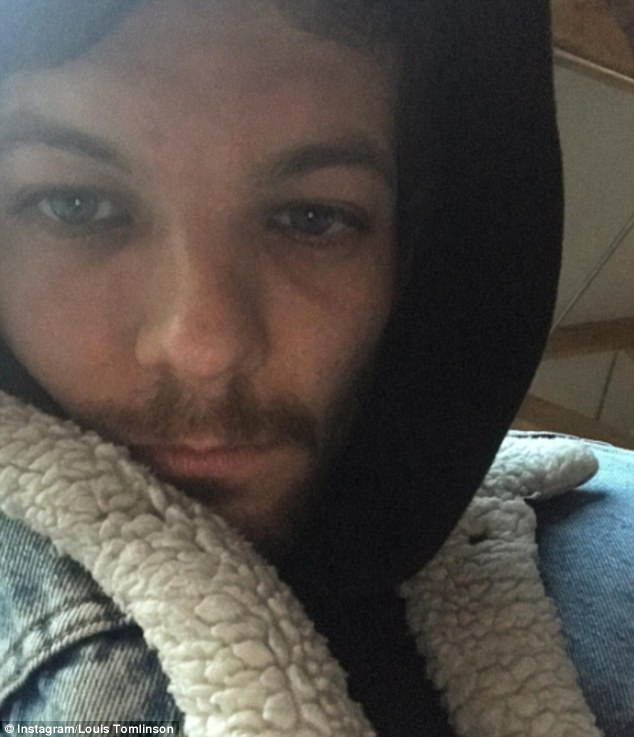 Louis Tomlinson Welcomes The New Year In With A Hangover