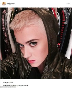 Katy Perry Goes For The Chop As She Has Completely Different New Look