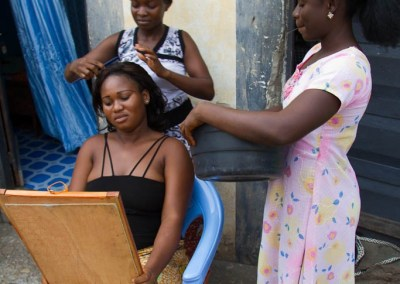 Yobo Egnonam, 20, hairdressing, Atakpame, Togo.