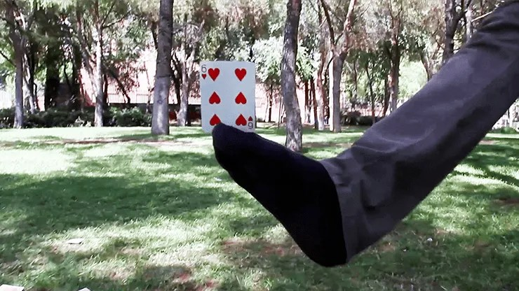 Kung Fu Foot by Héctor Mancha