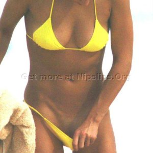 Anna Kournikova Topless, in Bikini showing Pussy/Vagina and Ass Checks Get more nipple slips at Nipple Slips org