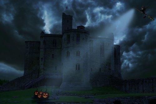 create a creepy halloween scene in photoshop