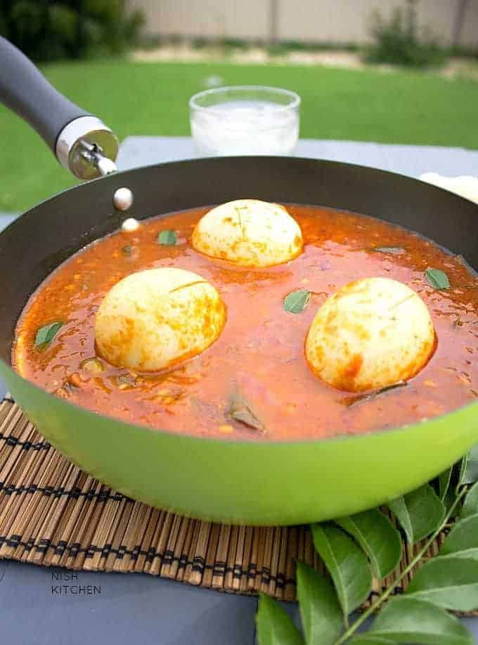 egg pulusu - Andhra egg curry