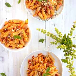 penne arrabiatta recipe video