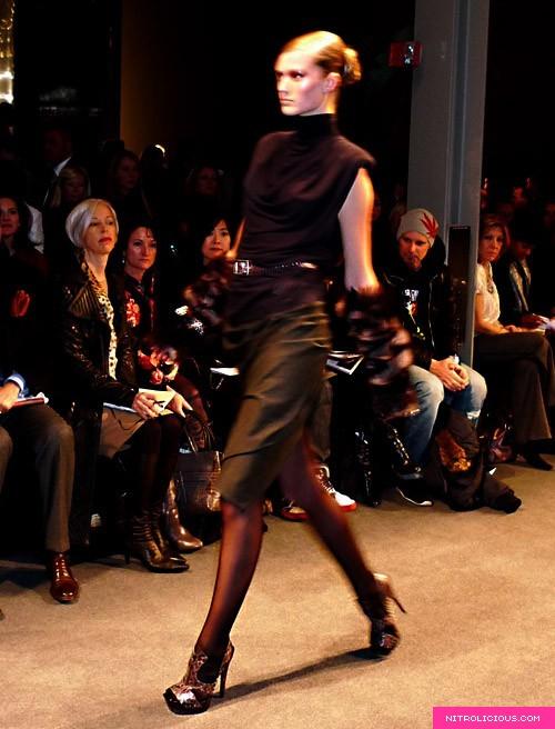 Donna Karan Fall 2009 Fashion Show