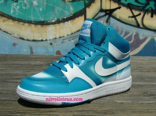 nike-spraypaint-court-force-turq-2