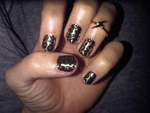 katy-perry-minx-nails-leopard