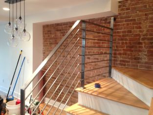home-metal-staircase-railing