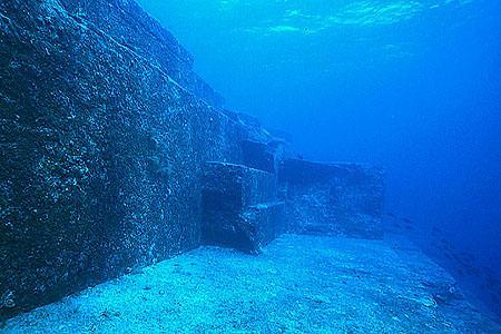 与那国島海底遺跡1 (出典不明)
