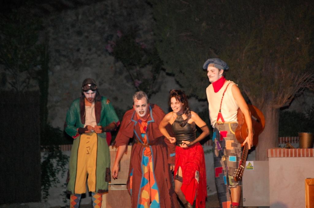 Noctivagos - Oropesa - Noche de Bufones