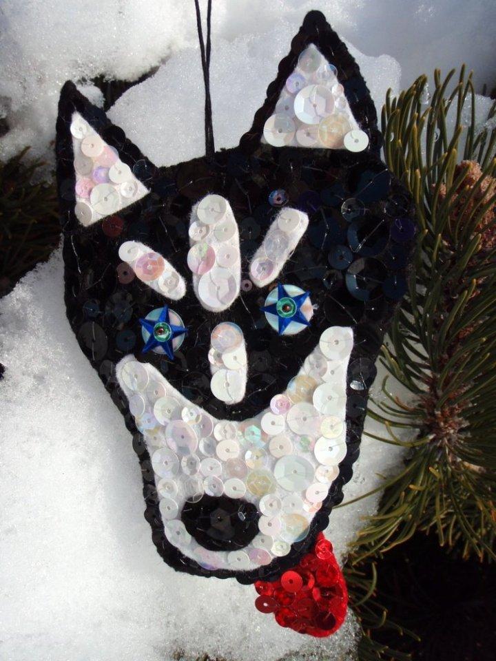 handmade-pet-ornament-in-felt