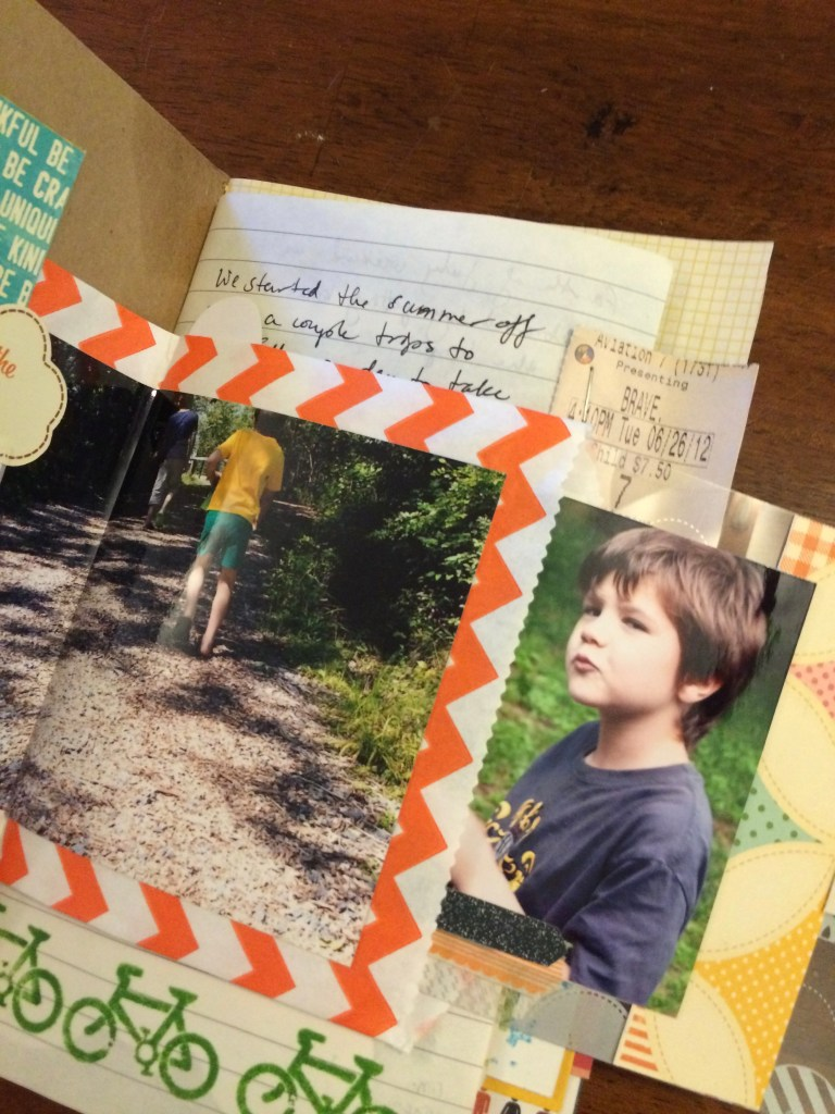 page 1 day book || noexcusescrapbooking.com