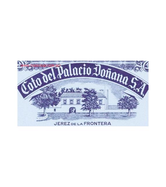 Noguera-holding-sello-coto-del-palacio