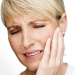 HOW TO GET RID OF JAW PAIN