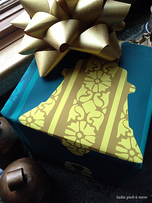 Teal-Temple-Bell-Block-Print-Gift-Wrap