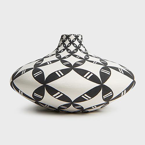 Dorothy Torivio Acoma Pot at DARA Artisans