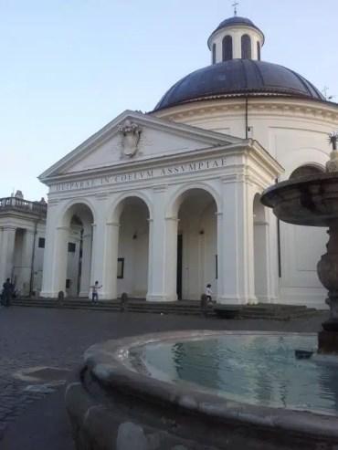Piazza Palazzo Chigi Ariccia