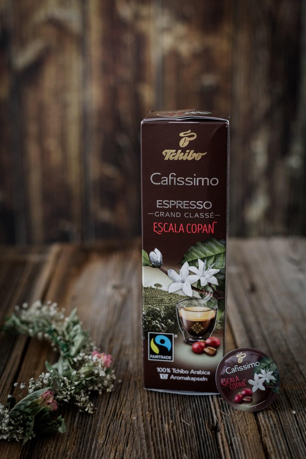 Foodfotografie von nordbrise.net Foodblog & Foodfotografie   Kaffeezeit mit einer Tasse Tchibo Cafissimo Grand Classé Espresso Escala Copan   Coffeetime