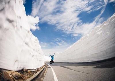 雪の回廊でジャンプ!
