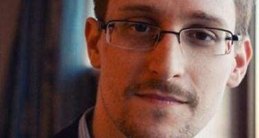Edward Snowden tildeles Ossietzkyprisen for 2016