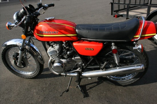 1973 Kawasaki S2 350 L Side
