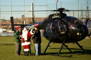 Santa Arrives in North End by Helicopter - Dec 2011 49