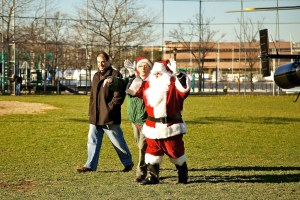 Santa Arrives in North End by Helicopter - Dec 2011 50
