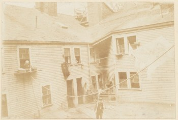 Rear of old Wells House, Salem St. 1893 (Courtesy of Boston Public Library)