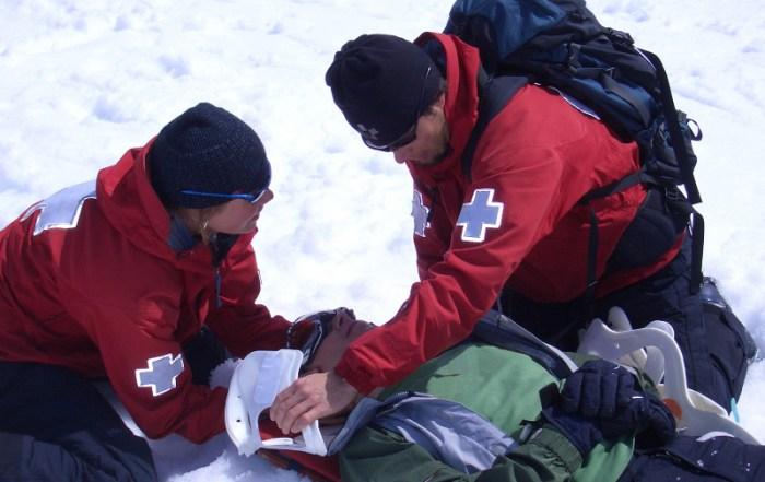 ski-patrol-responder-training-800