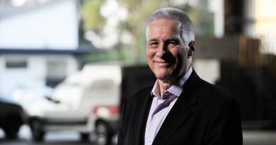 Max Gehringer debate necessidade de se reinventar para vencer desafios na ExpoFacol