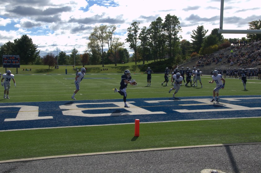 Slot receiver Ryan Rizzo '17 snags a Jared Lebowitz '18 pass with one-hand for a score on Saturday, Oct. 3 vs. Colby.