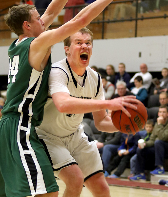 F Matt Palecki '16 and the Polar Bears shocked #11 Babson earlier this season. (Courtesy of Brian Beard - CIP/Bowdoin Athletics)